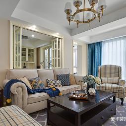 美式风格三居客厅设计欣赏