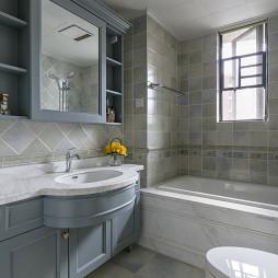 美式风格四居浴室设计效果