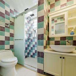 优雅美式三居浴室设计