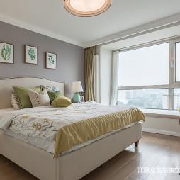 美式三居卧室设计效果