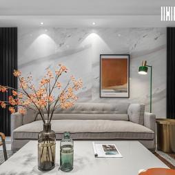 简约现代三居沙发背景墙设计