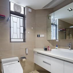 素雅现代四居浴室设计