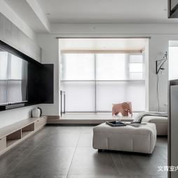 黑白现代三居客厅设计