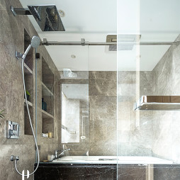现代四居浴室设计
