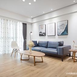 清爽简约三居沙发背景墙设计