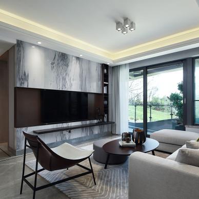 樣板間客廳電視背景墻設計