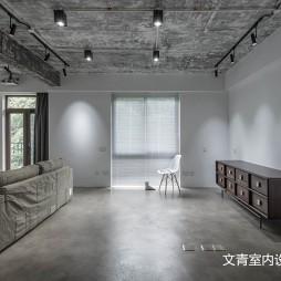 LOFT风格复式客厅设计
