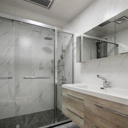 现代浴室装修设计图片