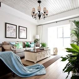 美式三居客厅设计欣赏