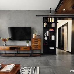 LOFT风格三居入门客厅谷仓门设计图