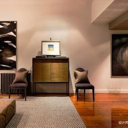 阁楼低语loft客厅设计实景图