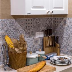 美少年现代小户型厨房设计图