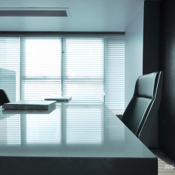 混搭风格独立房间办公设计图