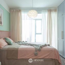 北欧风格温暖房间