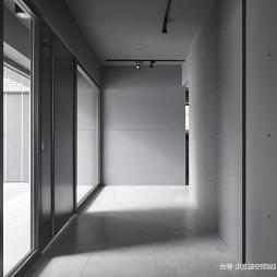 混搭办公室走廊