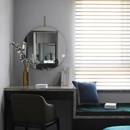 现代风三居卧室窗台+妆台砖设计图