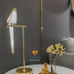 轻奢时尚的现代风格四居室客厅设计