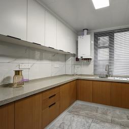 三居现代港式厨房设计