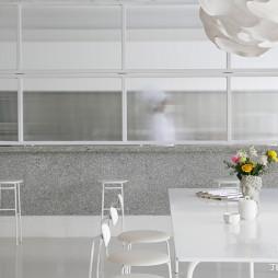 甜品店纯白空间设计