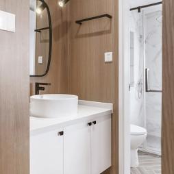日式二居卫浴洗手台设计