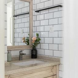 法式二居卫浴洗手台设计