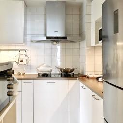 中式三居厨房设计