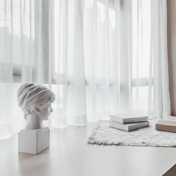 画意现代卧室飘窗设计