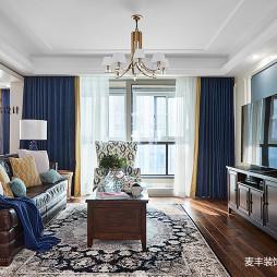 轻奢美式三居客厅设计图