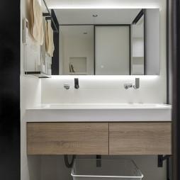 简约风三室卫浴洗手台设计图片