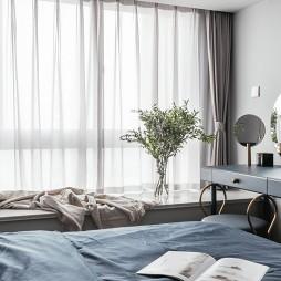 混搭二室卧室飘窗设计