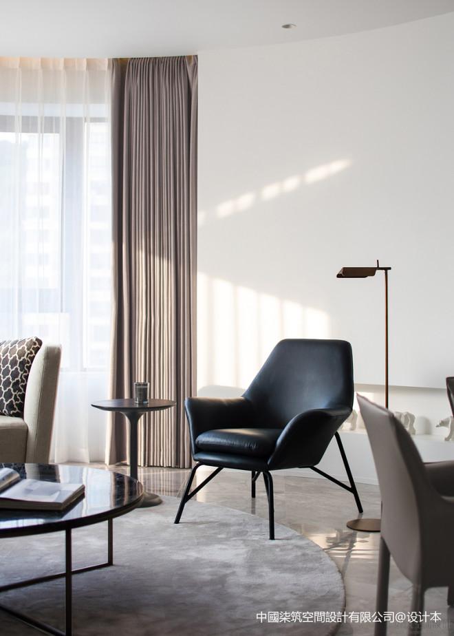 高级白现代客厅设计