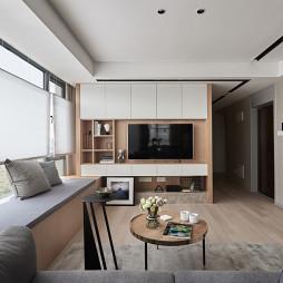 台式简约客厅设计图片
