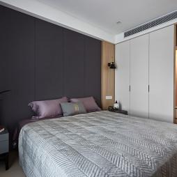 台式简约卧室设计图片