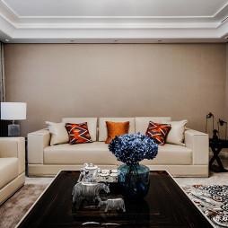 低奢大平层客厅沙发图