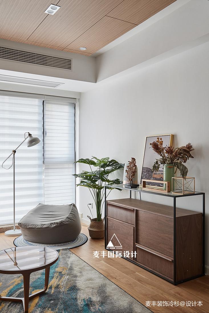木楠舍北欧客厅储物柜设计