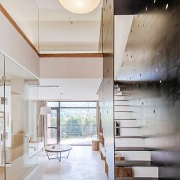 鱼缸·花田美宿酒店楼梯设计