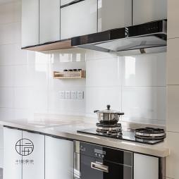 木色系北欧厨房设计图