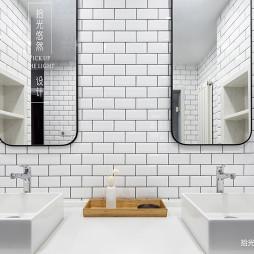 大平层现代卫浴洗手台设计图片