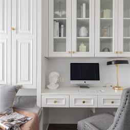法式风书房书桌设计图片