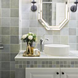精装美式三居卫浴洗手台实景图片