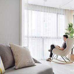 简洁休闲风阳台设计图