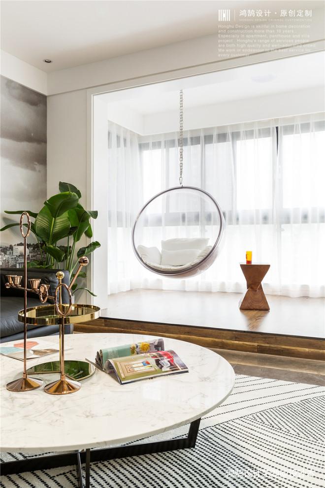 黑白调现代小阳台设计图
