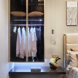 现代样板房卧室衣橱图片