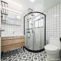温暖的北欧风卫浴图片