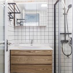 温暖的北欧风卫浴洗手台图片