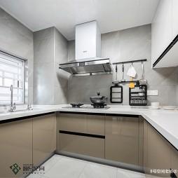 BlingBling现代厨房图片