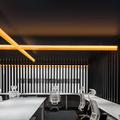 一條橙光,穿過空間,完成設計_3513213
