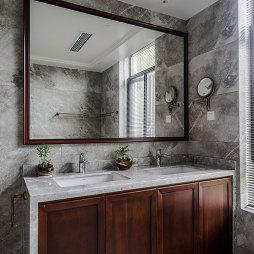 中式别墅卫浴洗手台实景图