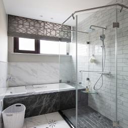 简洁美式复式卫浴图片
