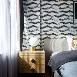 卧室床头柜子
